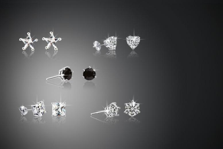 £10 (from Evoked Design) for a 5-piece 'Monday to Friday' earrings set - choose from 3 designs!