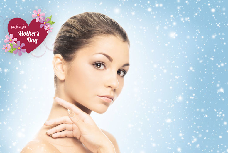 £17 instead of £80 for a 1-hour facial and acrylic nail application at Utopia Hair and Beauty, Sunderland - save 79%