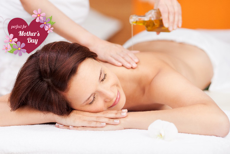 £14 instead of £43 for a 30-min aromatherapy massage and choice of 30-min facial at Bodyline Plus, Rawdon - save 67%