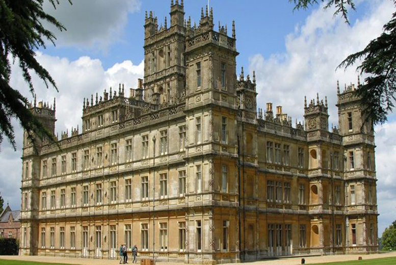 £99 instead of up to £190 for a day-long chauffeured tour of the locations on ITV's Downton Abbey - save up to 48%