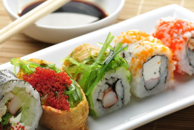 £29 instead of £74 for a sushi lunch for 2 inc. glass of bubbly each at Takara in The Hilton, Tower Bridge - save 61%