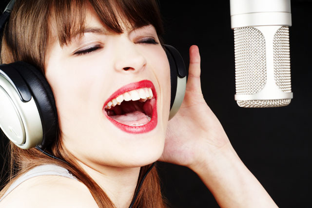 £21 instead of £55 for a 2hr studio recording session for up to 6 people at BonaFide Studio, Muswell Hill - save 62%