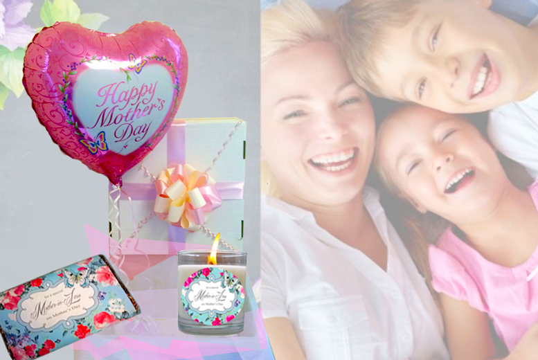 £12 for a personalised Mother's Day gift set including balloon, chocolate and candle from Wedding Chair Cover Hire