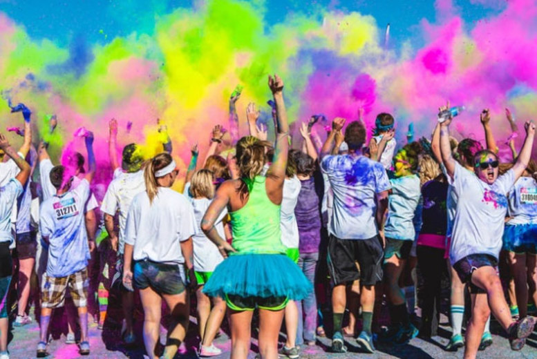 DDDeals - £10 instead of £16.43 for a ticket to The Color Vibe 5km run in Edinburgh, Essex or Bristol - inject some colour into your life and save 39%