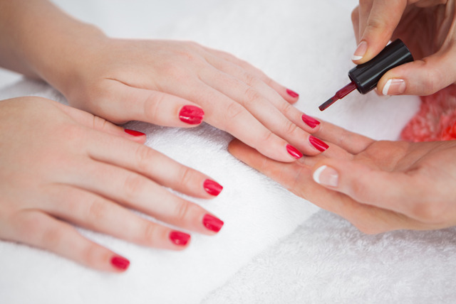 £399 instead of £1000 for a 16-week Nail Services Edexcel Level 2 NVQ course with Envisage Beauty, Ealing - save 60%