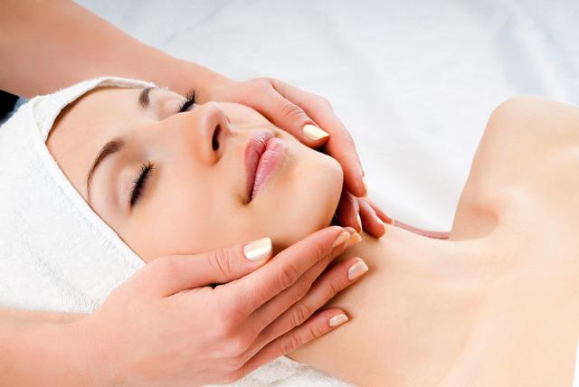 Вакуумный массаж кожи лица