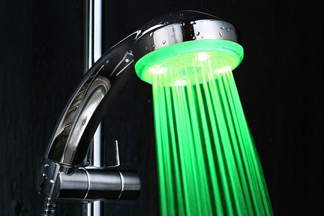 £9.99 instead of £24.99 (from TheGiftShopUK) for an LED colour changing showerhead - brighten up your morning and save 60%