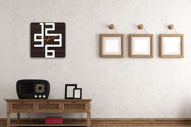£14.99 instead of £44.99 (from Spicy Decor) for a choice of 19 designer wall clocks with changeable hands - save 67%