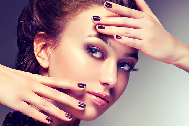 £22 instead of up to £84 for an OPI powder gel or Shellac manicure and deluxe pedicure at USA Star Nails, Hampstead - save up to 74%