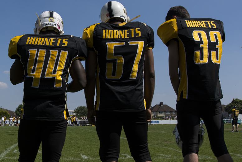 £3 for 2 child tickets to watch the London Hornets, £4 for a family, £5 for 2 adults or £14 for a VIP package at Hillingdon Stadium - save up to 50%