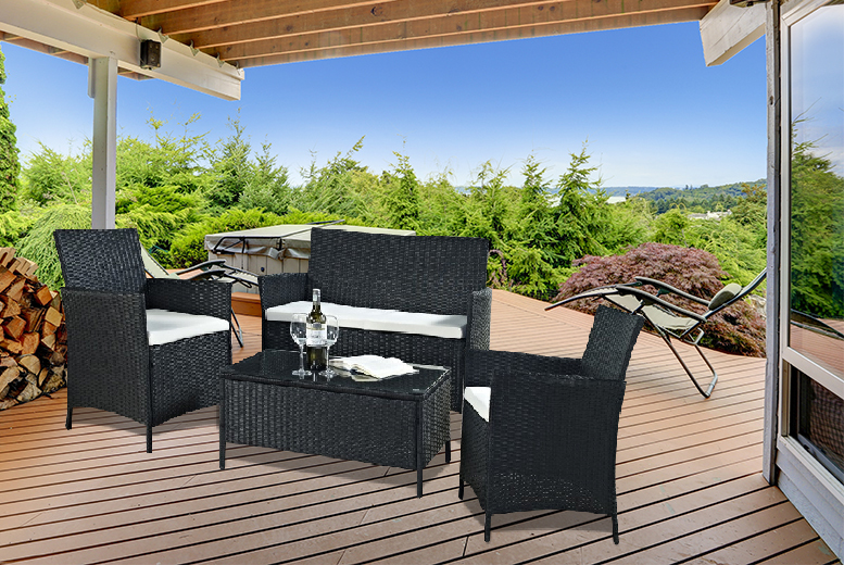 £159 instead of £684.01 (from Esenti) for a rattan outdoor coffee table and chair set in black or brown - save 77%