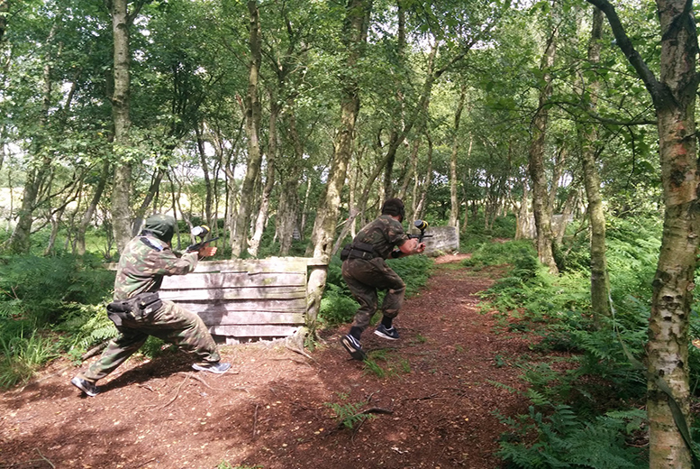 £5 instead of £59.95 for a day of paintballing for 5 people with 100 balls each and light lunch, £10 for 10 people at Combat Paintball, Lathom - save up to 92%
