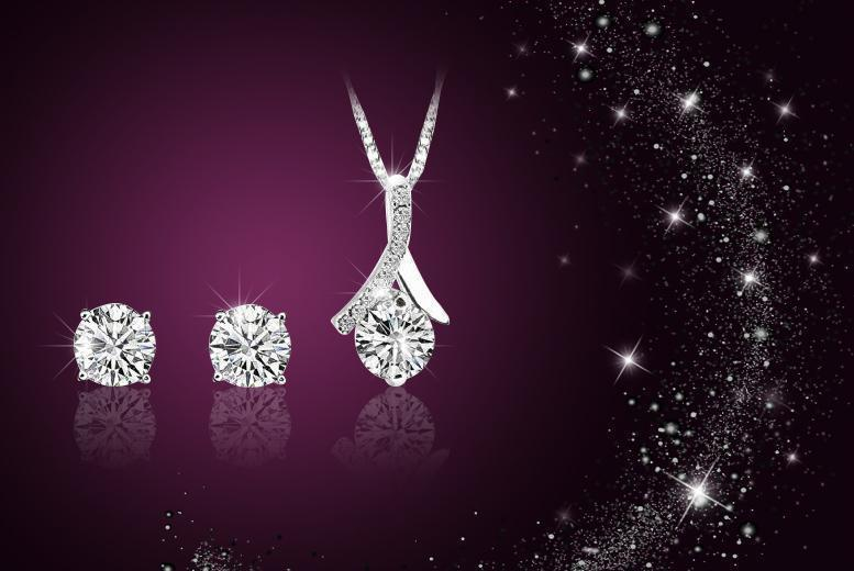 £10 (from Simply Jewellery) for a silver-plated solitaire duo set made with Swarovski Elements!