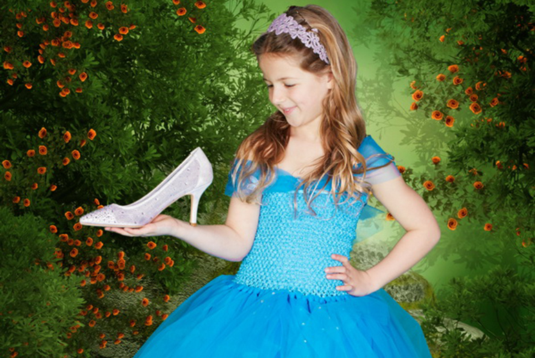 £9 instead of £97 for a Cinderella or Frozen-themed photoshoot for up to two children including one print from Arts Photography, Rodley - save 91%