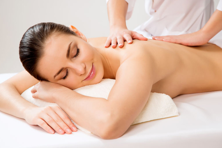 £14 instead of £45 for a full body massage with aromatherapy oils at CO2 Beauty, Leeds - save 69%