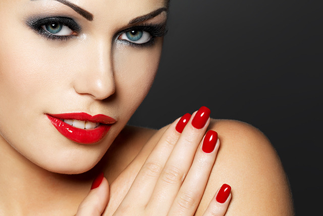 £9 instead of £20 for a Shellac gel manicure & pedicure with Nail Angel, Nottingham - save 55%
