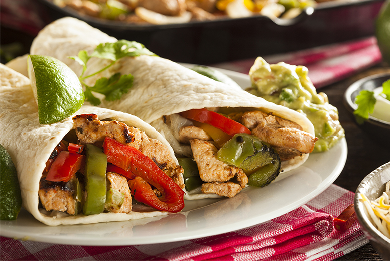 £19 for a Mexican meal for 2 people including nachos to start, a burrito or fajitas and a cocktail each, or £36 for 4 people at Nachos, Glasgow - save up to 47%