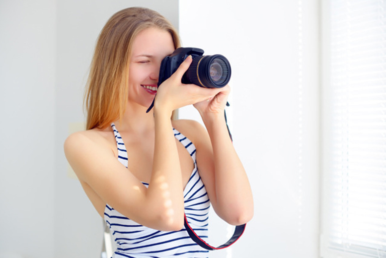 £32 for an intermediate photography workshop at Red Dog Photography, Derby