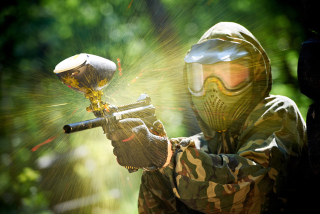 £5 instead of £49.95 for a day paintballing for 5 people inc. light lunch & 50 balls each at a range of UK locations with Horizon Paintball - save 90%