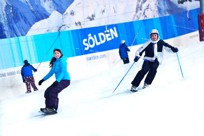 From £19 for a 2-hour skiing or snowboarding lesson for 1 person including a lift pass and equipment hire at The Snow Centre, Hemel Hempstead - save up to 69%
