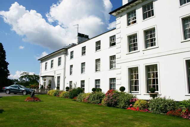 £99 instead of up to £195 (at 4* West Lodge Country House Hotel, Herts) for a 1nt stay for 2 inc. breakfast, dinner & wine – save up to 49%