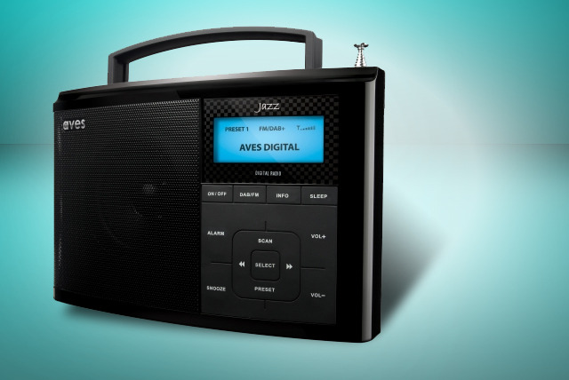 £29 instead of £59.99 for an Aves DAB+/FM digital radio from Wowcher Shop - save 52%