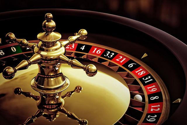 Valokuva yhdistelma pokeri kortite