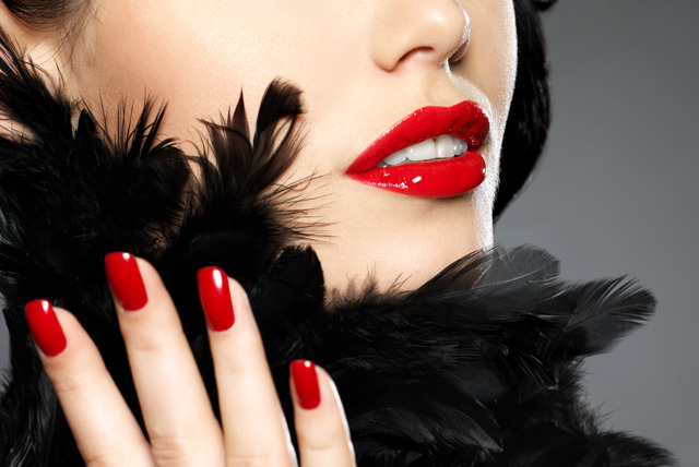 £9 instead of £22 for a full set of Gelicure gel polish nails in colour or classic French finish at Salontique, Nottingham - save 59%
