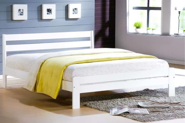 Contemporary White Wooden Shaker Bed
