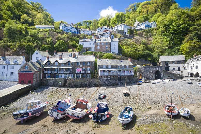 £64 for an overnight stay at a choice of eight traditional pubs and inns from Activity Superstore!