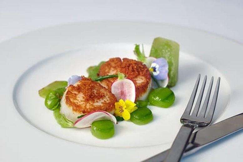 The Best Deal Guide - 3-Course Dining & Bottle of Wine for 2 @ Hilton Park Lane