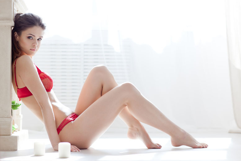 £12 for a waxing package including Brazilian or Hollywood with underarms, £16 to include half legs at Nicky Salon, West Kensington - save up to 64%