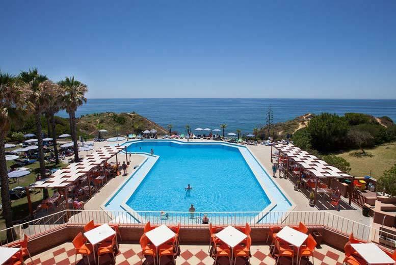4 or 7nt All-Inclusive Algarve Break & Flights