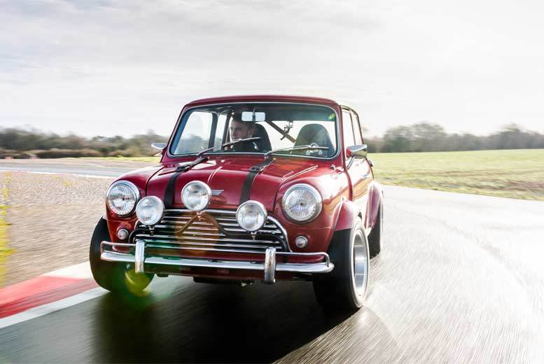 DDDeals - £49 instead of £99 for an 'Italian Job' themed Mini Cooper driving experience from Drift Limits - save 51%