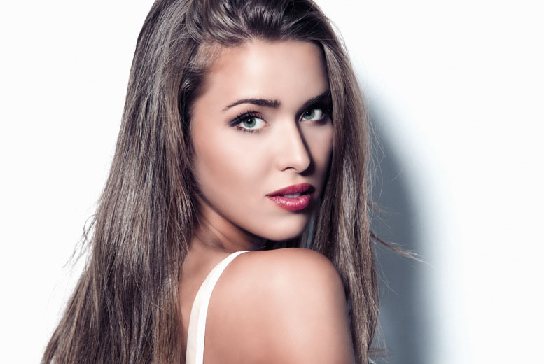 From £19 instead of up to £50 for a wash, cut, L'Oreal conditioning mask treatment and blow dry at Beauty Box, Marylebone - save up to 62%