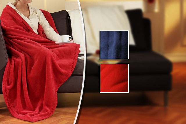 £5.99 instead of £19.99 (from Global Shoppers) for a sleeved blanket in red or blue - stay warm this winter and save 70%