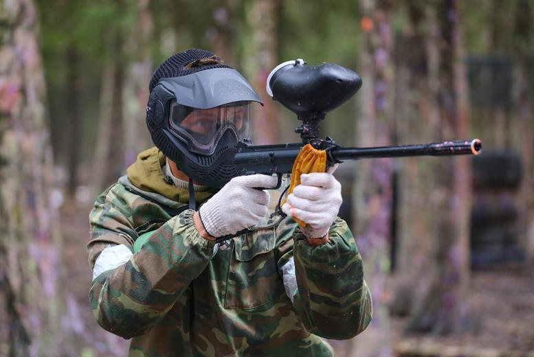 £7 for a paintballing day for 5 people including 100 paintballs & a hot lunch each, £9 for 10 people at Paintball Park - save up to 86%