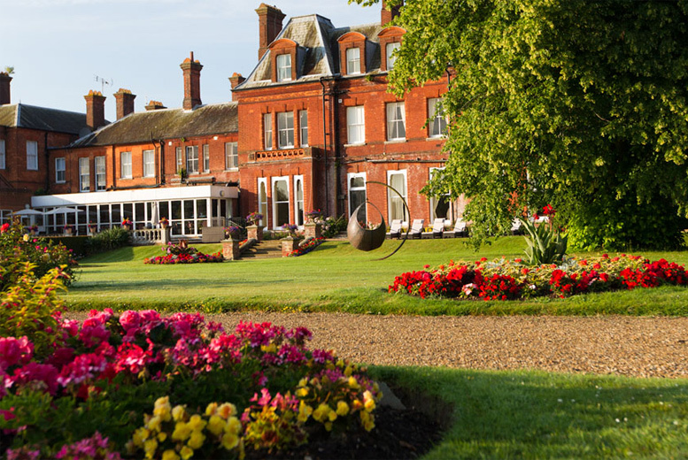 £169 (from Buyagift) for a Champneys relax day for two including a delicious three course lunch - valid in 4 UK locations!