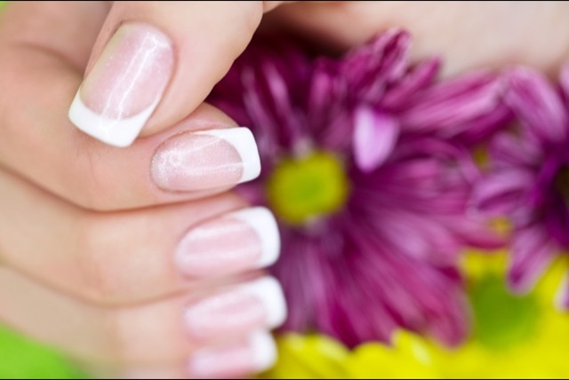 £79 instead of £180.84 (from Millennium Nails) for a UV gel French manicure kit, or £99 for the LED manicure kit - save up to 56%