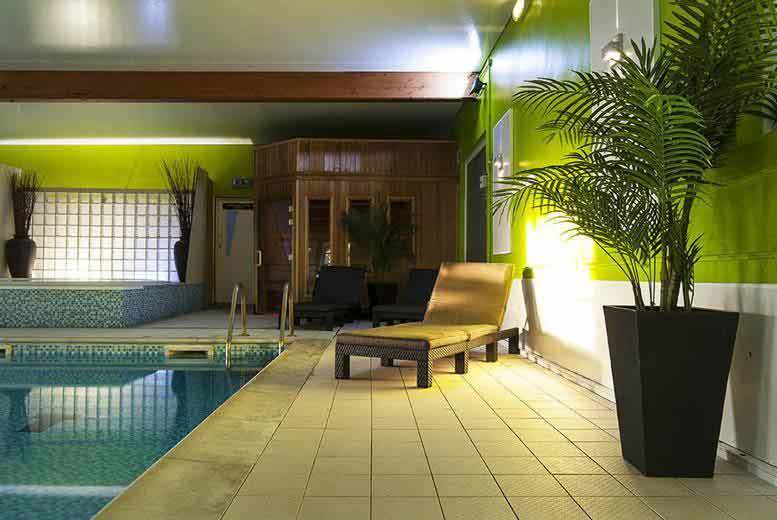 £25 instead of £75.90 for a spa day for two including Prosecco afternoon tea, £49 to include a facial or massage each at the Hallmark Hotel, Manchester - save up to 67%