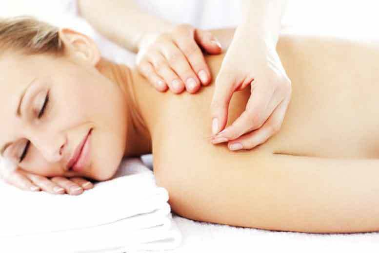 £21 for a 90-minute pamper package including a choice of massage, acupuncture & lipo treatments at Organic Remedies - save up to a soothing 78%