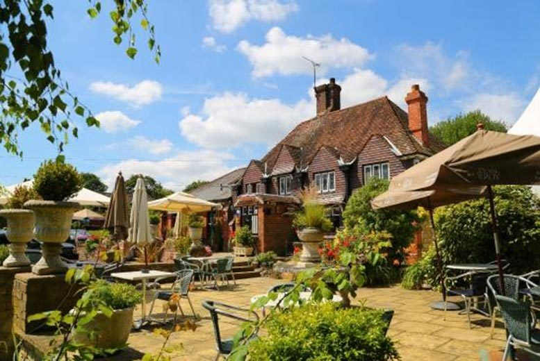 £139 (from Experify) for a boutique Kent stay for 2 including a 2-course dinner with Champagne and wine tasting at Who'd A Thought It - save up to 54%