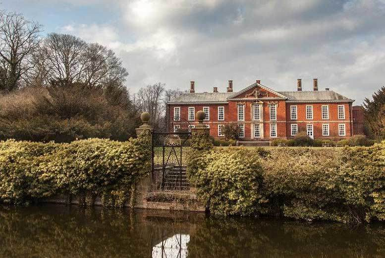 £69 (at Bosworth Hall) for an overnight stay for two including breakfast and a bottle of wine, £79 to include a carvery dinner and a bottle of wine, or £119 for a two-night stay with breakfast and dinner! - save up to 42%
