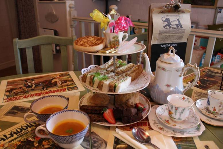 DDDeals - £19 instead of £30 for an afternoon tea for two people, £36 for four people at JellyPickleJam, Worcestershire - save up to 37%
