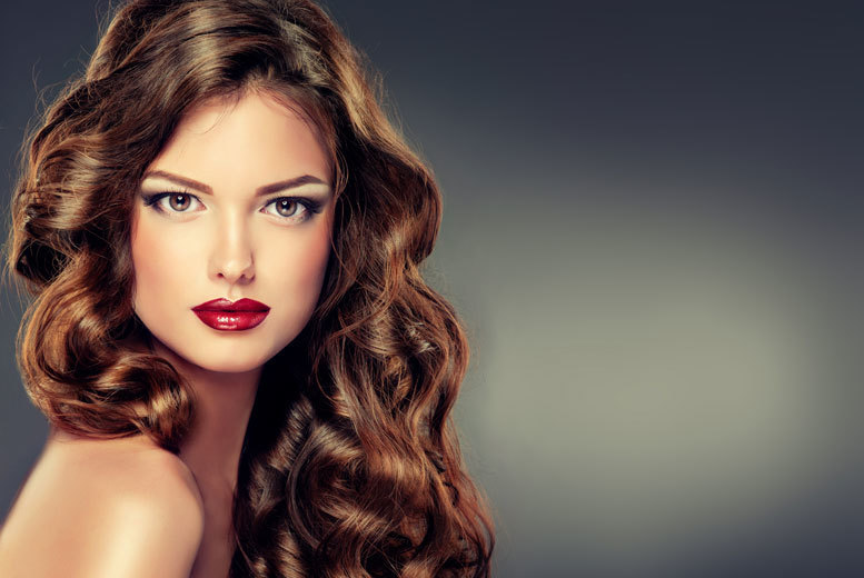 £24 for half head of highlights with wash, cut and blow dry, or £29 for full head of highlights or balayage at Exquisite Hair & Beauty, Tooting - save up to 68%