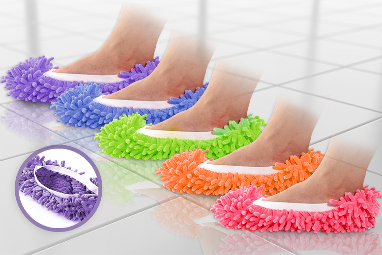 £3 instead of £14.99 (from The Fashion City) for one pair of mop slippers, £6 for three pairs, or £10 for five pairs - save up to 80%