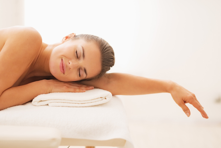 £29 for a spa day for 1 person including beauty treatments, lunch and a glass of Prosecco, £49 for 2 at Total Bliss Beauty, Stoke-on-Trent - save up to 55%