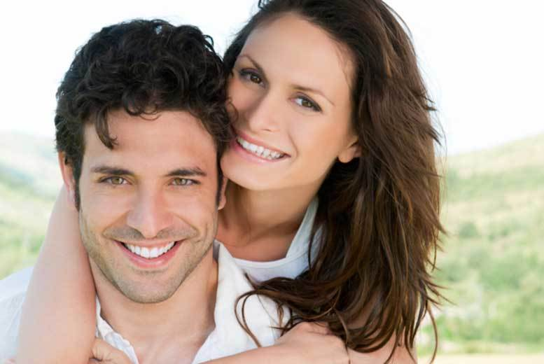 DDDeals - £899 for a hair transplant with approximately 1000 hairs, £1899 for 2000 hairs, £2895 for 3000 at Rejuvenate Hair Clinic, Harley Street - save up to 64%