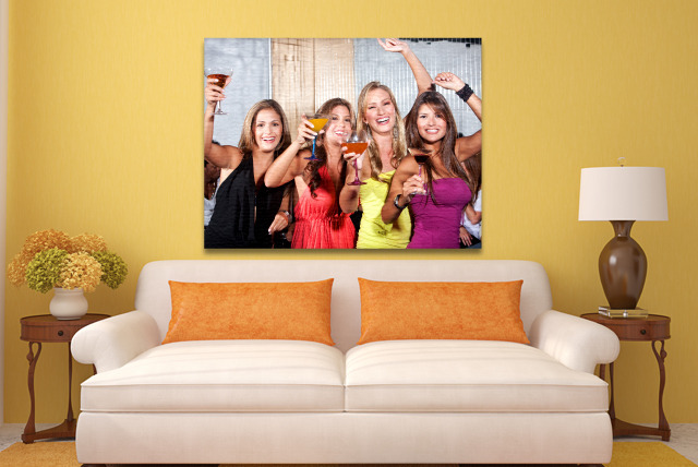 "£29.99 instead of £129.99 (from Dodec) for a 44"" x 32"" personalised photo canvas - personalise your walls and save 77%"