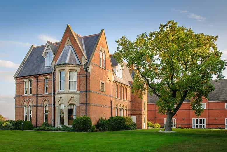 £89 (at Ettington Chase Hotel) for a 1-night break for 2 including 2-course dinner, wine, breakfast and leisure club access, £139 for 2 nights - save up to 42%